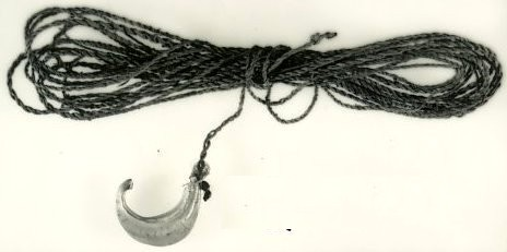 Photo of fishing line and hook